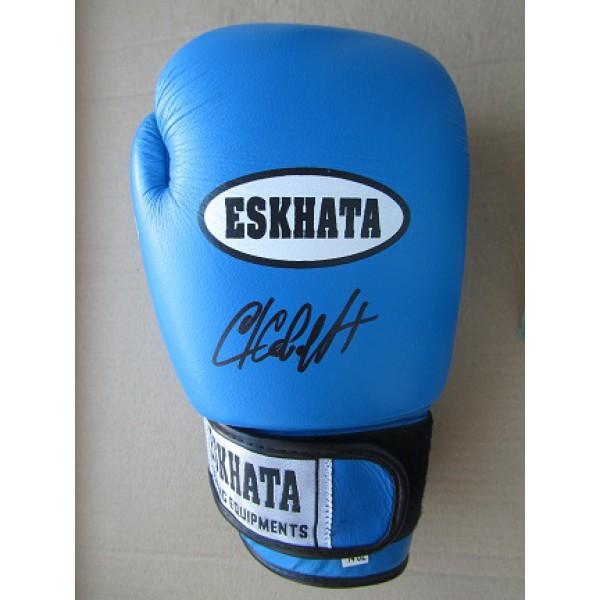 Боксерские перчатки с автографом Сергея Ковалева (автограф Сергея Ковалева)